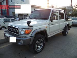 Used Toyota Hilux 4x4 Double Cab Standard 2014