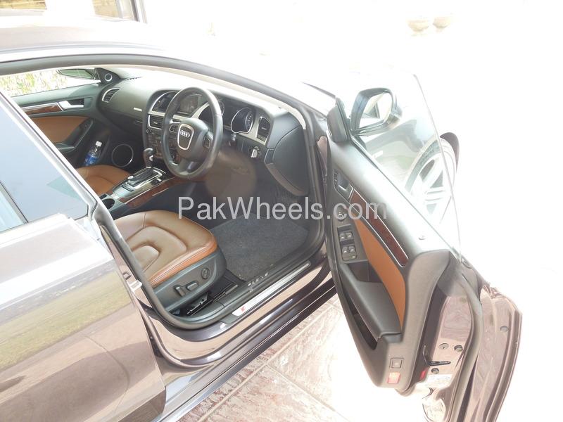 Audi A5 2011 Image-4