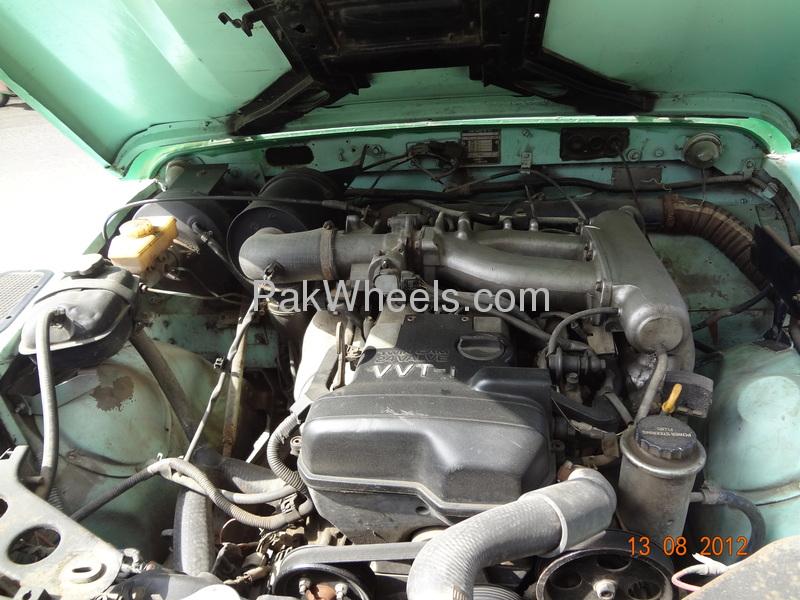 Land Rover Defender 90 SW 1991 Image-1