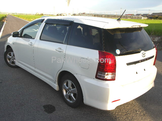 Toyota Wish X-Aero Sport Package 2007 Image-3