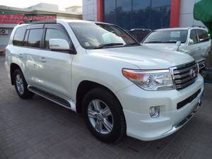 Used Toyota Land Cruiser AX G Selection 2013