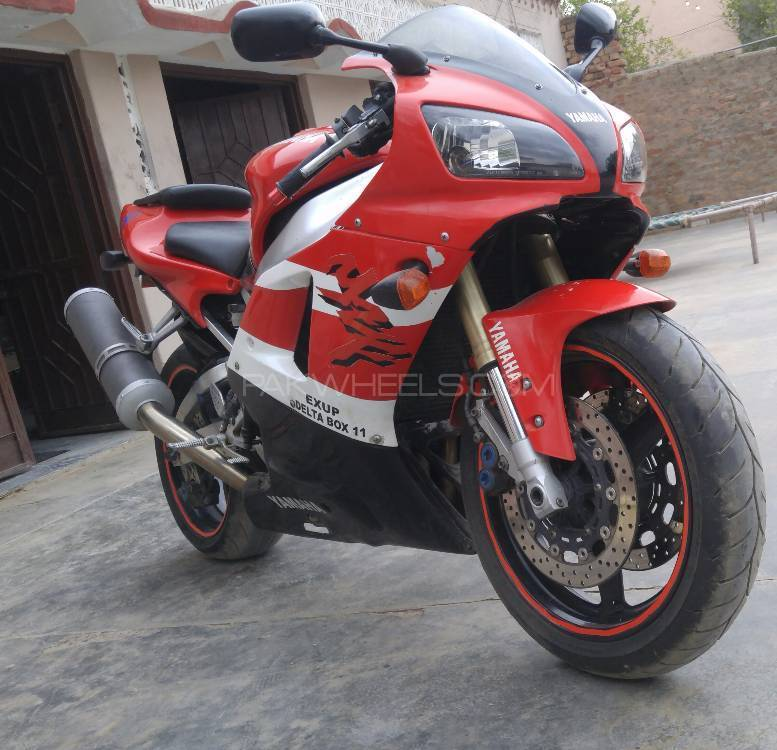 Used yamaha yzf r1 2004 bike for sale in rawalpindi for Yamaha r1 deals