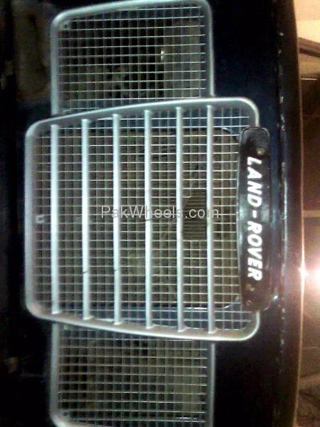 Land Rover Defender 1970 Image-8
