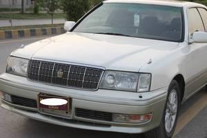 Slide_toyota-crown-royal-saloon-g-1997-17004620