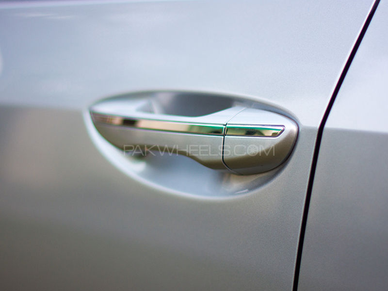 Corolla Door Handle Chrome Strips in Lahore