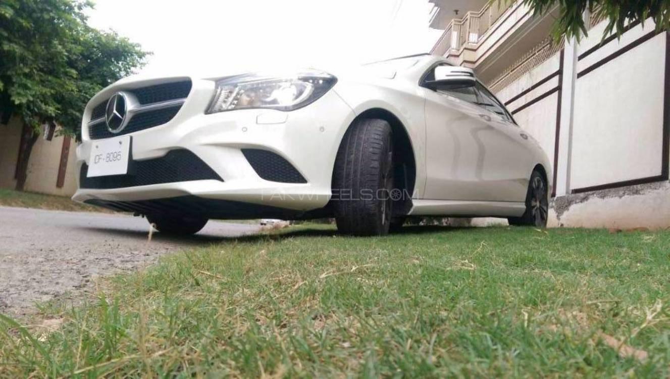 Mercedes benz cla class cla180 2013 for sale in islamabad for Mercedes benz cla class for sale