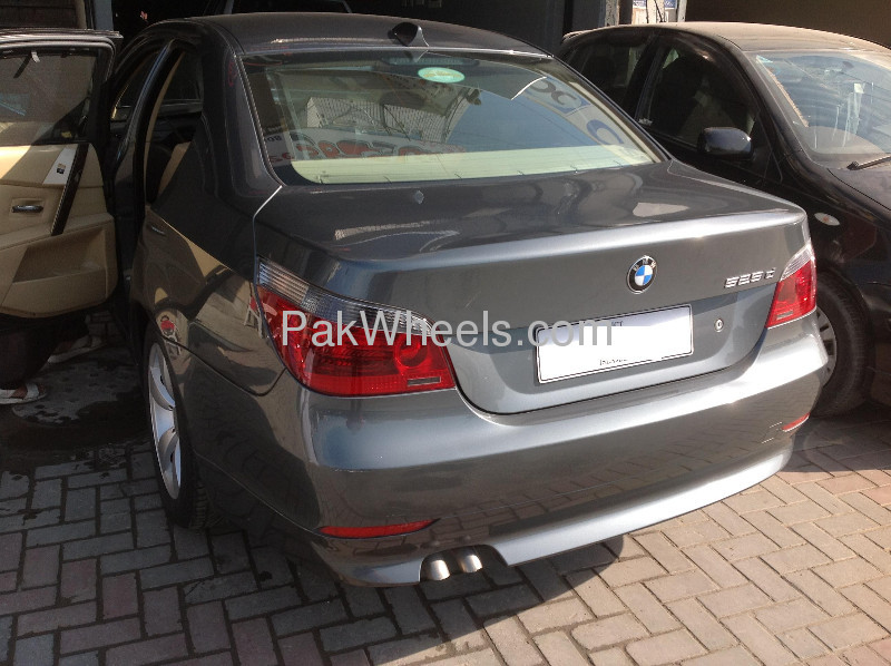 BMW 5 Series 2007 Image-4