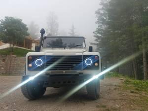 Slide_land-rover-defender-110-1990-17165824