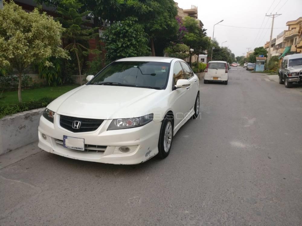 Honda Accord CL9 2003 Image-1
