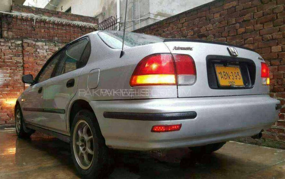 Honda Civic VTi Automatic 1.6 1998 Image-1