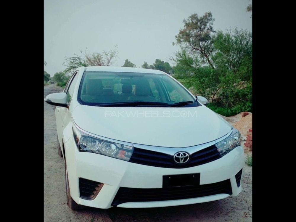 Toyota Corolla XLi VVTi 2015 Image-1
