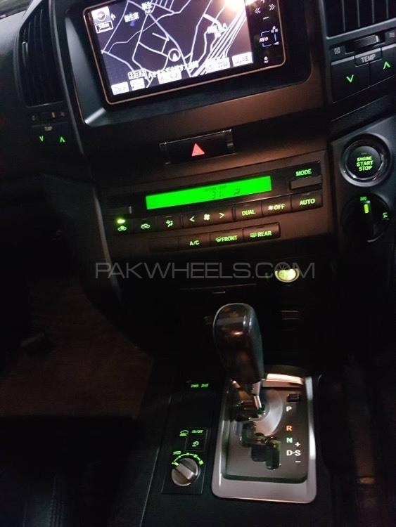 Toyota Land Cruiser GX 2012 Image-1