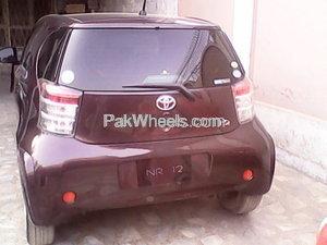 Toyota iQ 2009 Image-6