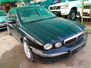Slide_jaguar-xf-2-0-prestige-2-2005-17421226