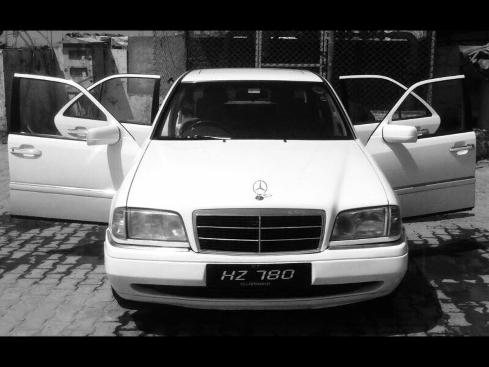 Mercedes benz c class c180 1996 for sale in peshawar for 1996 mercedes benz c class