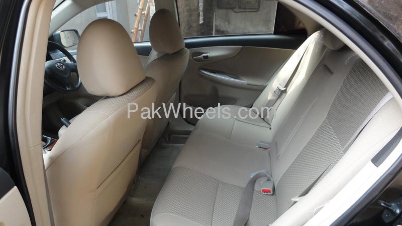 Toyota Corolla GLi 1.3 VVTi 2011 Image-3