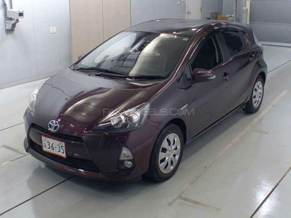 Toyota Aqua G 2014 Image-1