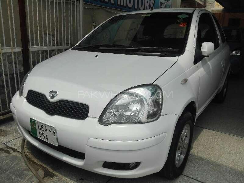 Toyota Vitz B 1.0 2002 Image-1