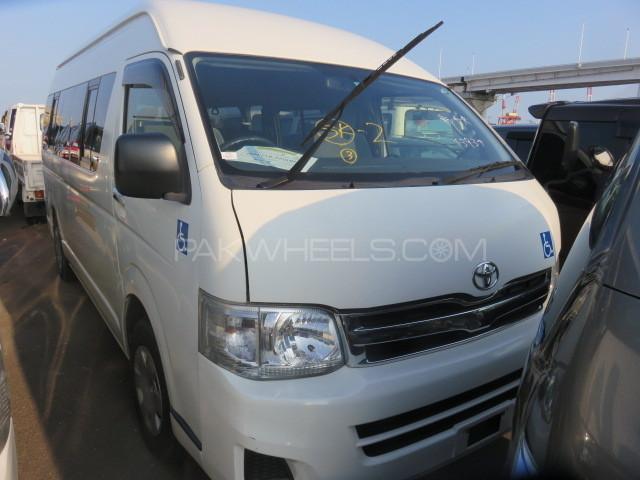 Toyota Hiace GL 2012 Image-1