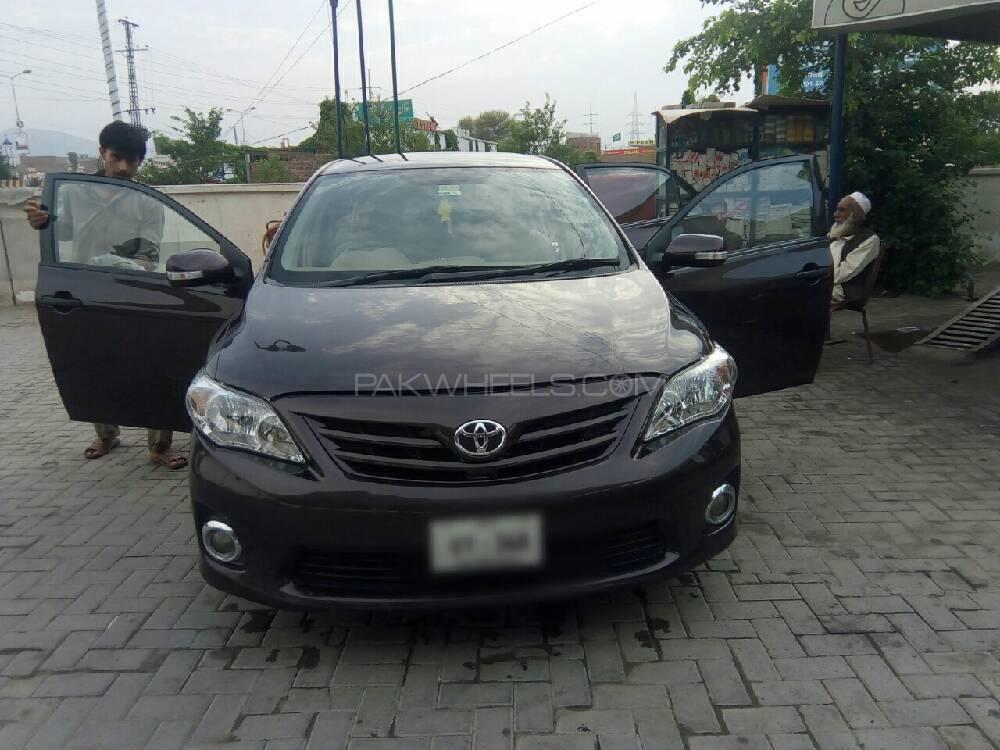 Toyota Corolla GLi 1.3 VVTi Ecotec  2012 Image-1