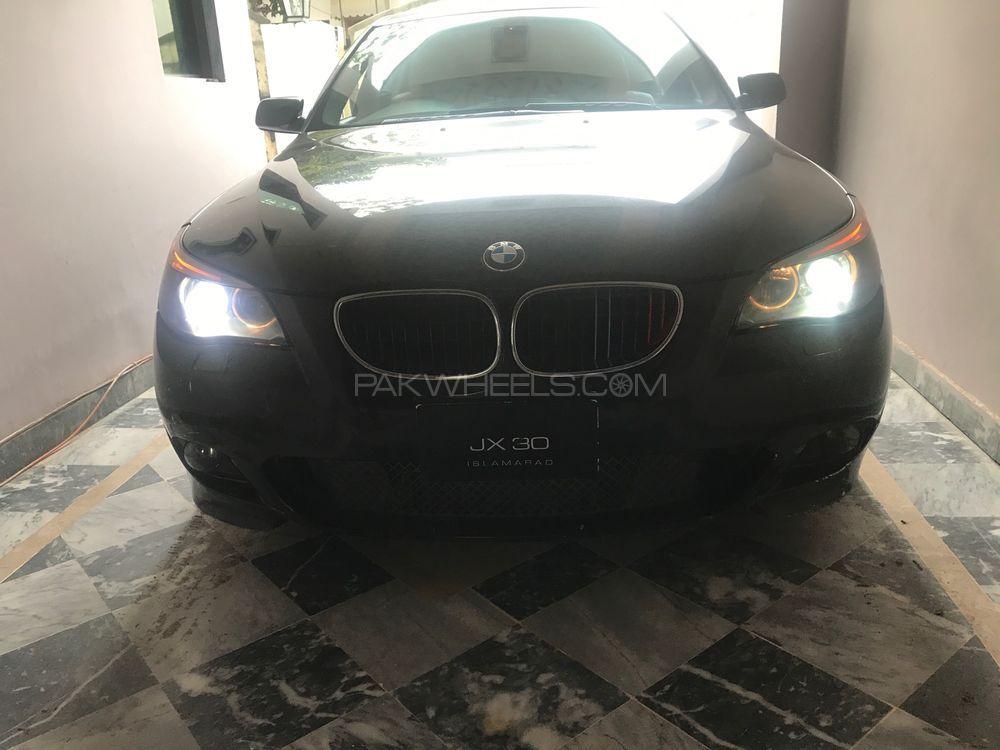 BMW 5 Series 530i 2004 Image-1
