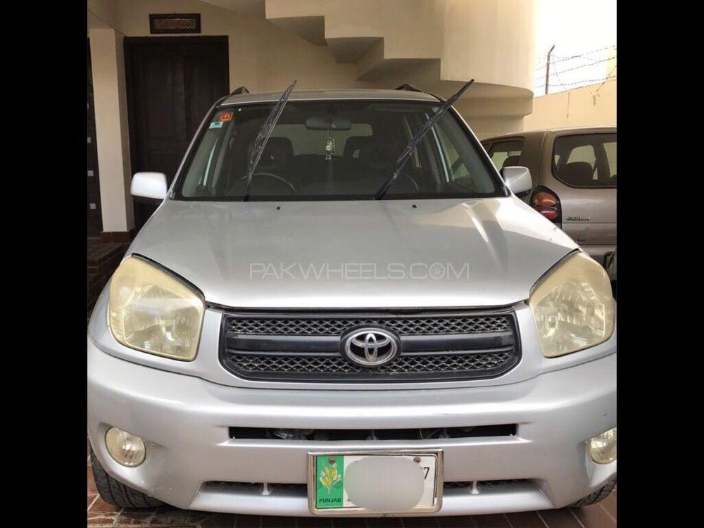Toyota Rav4 2003 Image-1