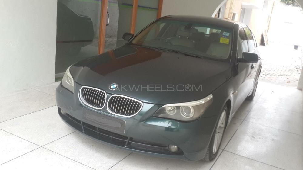 BMW 5 Series 523i 2007 Image-1