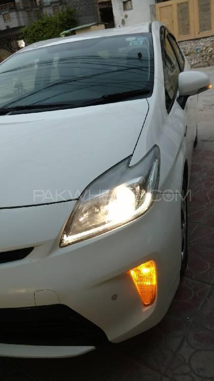 Toyota Prius G LED Edition 1.8 2012 Image-1