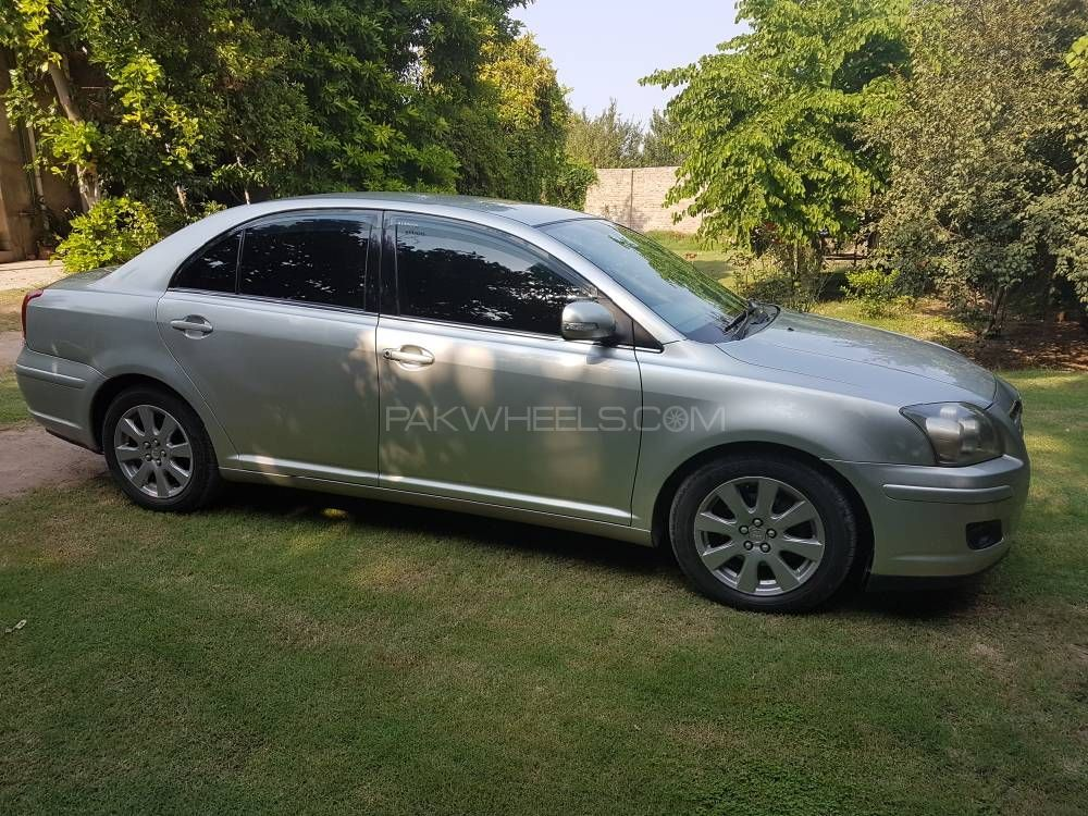 toyota avensis 2007 for sale in islamabad pakwheels. Black Bedroom Furniture Sets. Home Design Ideas
