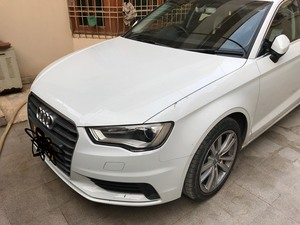 Slide_audi-a3-sedan-2016-18135304