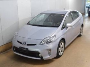 Slide_toyota-prius-g-touring-selection-leather-package-1-8-2014-18369270
