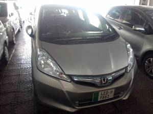 Slide_honda-fit-hybrid-navi-premium-selection-2012-18421168