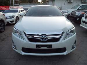 Slide_toyota-camry-2-4-up-specs-automatic-2014-18420168