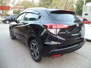 The car is parked at AUTOMALL near LAL QILA opposite AWAMI MARKAZ at shahrah-e-Faisal road karachi.   Call/SMS in office hours only, if we don't respond just drop us a message.   OUR OTHER STOCK IS FULLY UPDATED ON FACEBOOK AS WELL.Just write automallpk in your search option.  Thank you  AUTOMALL.