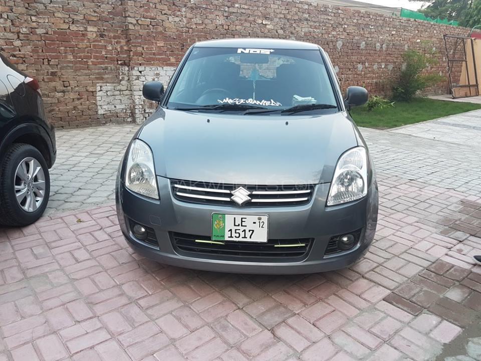 Suzuki Swift DLX 1.3 2011 Image-1
