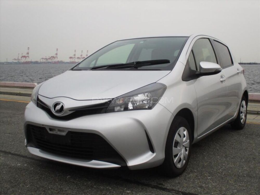 Toyota Vitz F 1 0 2015 For Sale In Lahore Pakwheels