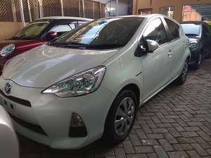 Used Toyota Aqua S 2014