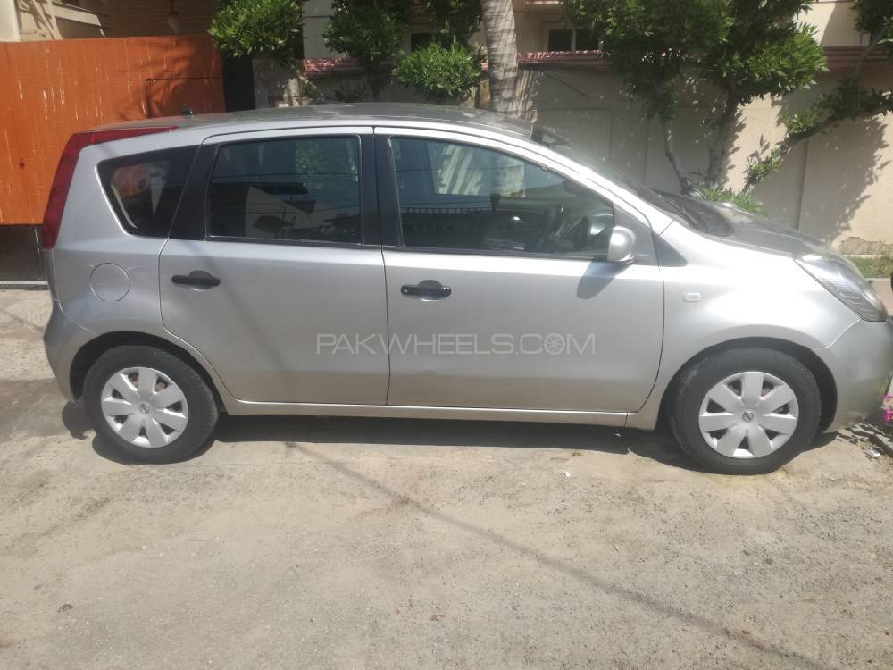 nissan note 1 5 rider black line 2006 for sale in karachi. Black Bedroom Furniture Sets. Home Design Ideas