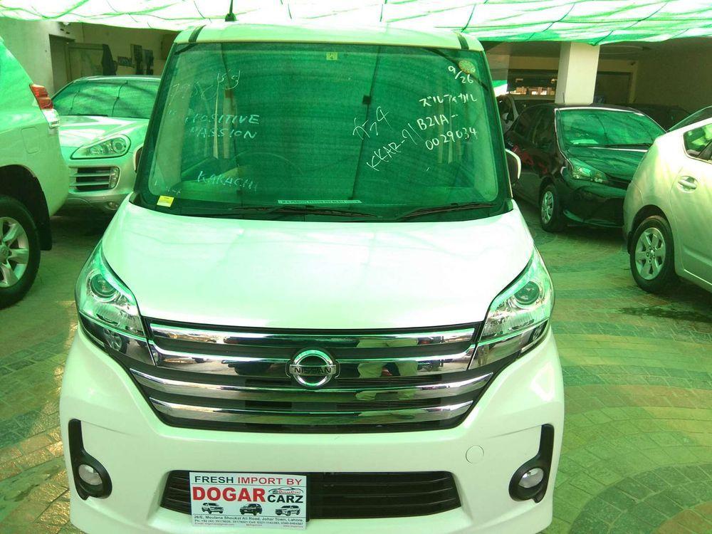 Nissan Roox G 2014 Image-1