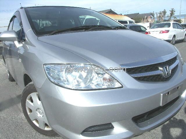Honda Fit X 2007 Image-1