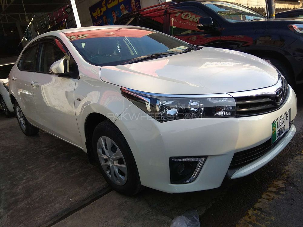 Toyota Corolla Used Car For Sale In Lahore
