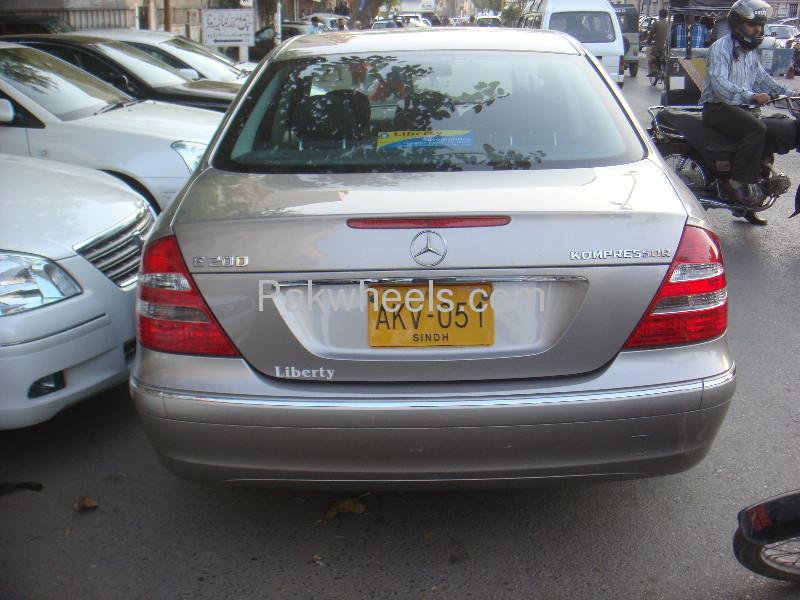 Mercedes Benz E Class E200 2004 Image-3