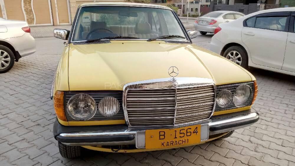 Mercedes Benz 240 Gd 1981 Image-1