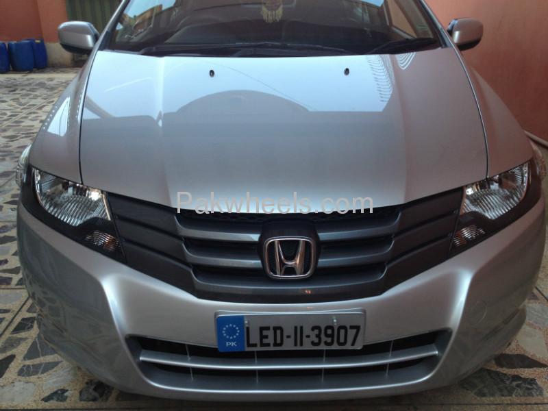Honda City i-VTEC 2011 Image-2