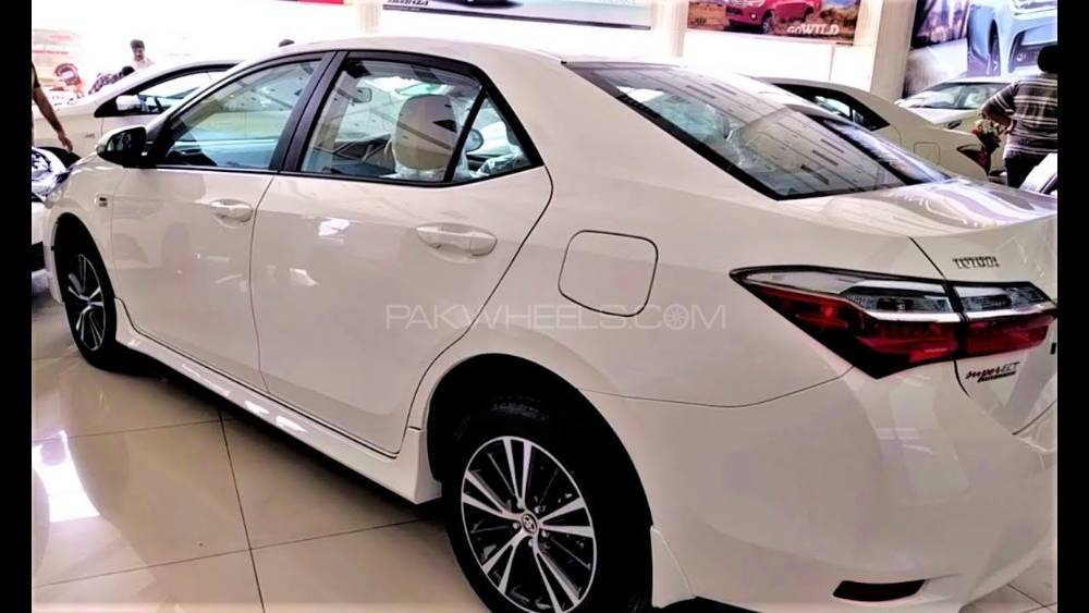 Toyota Corolla Altis Grande Cvt I 1 8 2018 For Sale In Islamabad