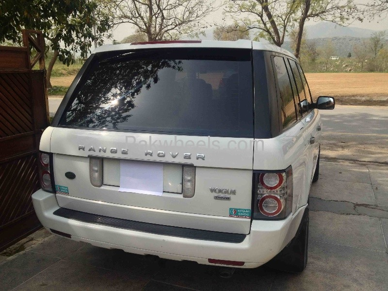Used Range Rover Vogue 2004 Car for sale in Islamabad - 461685 - 2117171