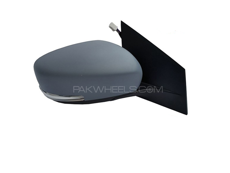 Suzuki Ciaz Genuine Side Mirror LH in Lahore
