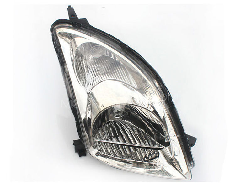 Suzuki Swift TYC Head Lamp 2010 - 1 Pc RH in Lahore