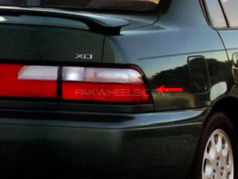 Toyota Corolla TYC Back Lamp 1996 - 1 Pc RH Image-1
