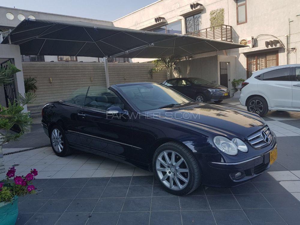 Mercedes Benz CLK Class CLK200 Kompressor Cabriolet 2009 Image-1